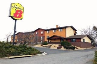 Super 8 by Wyndham Hagerstown