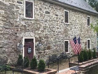 The Inn at Millrace Pond