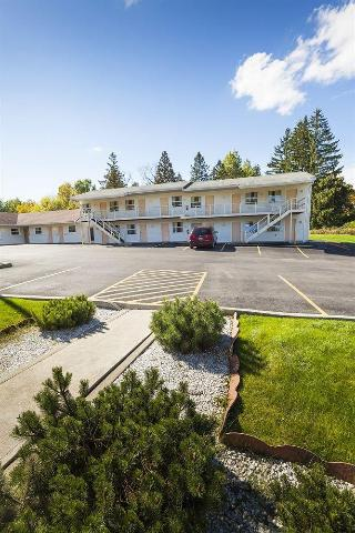 Embassy Inn Motel Ithaca