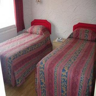 Viajes Ibiza - Castle Lodge Guest House