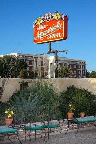 The Maverick Inn