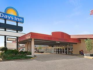 Days Inn by Wyndham Leesville