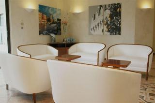 Hotel Sirmione (incl. Colombare di Sirmione) Gardameer (Lago di Garda) Italië voor  7 nachten