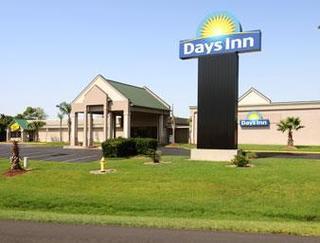 Days Inn by Wyndham Jennings