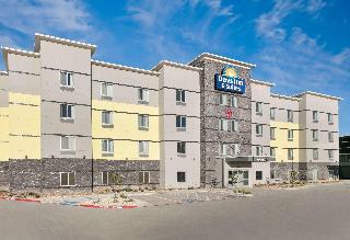 Days Inn &Suites by Wyndham Lubbock Medical Center