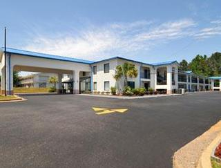 Travelodge by Wyndham Montgomery East