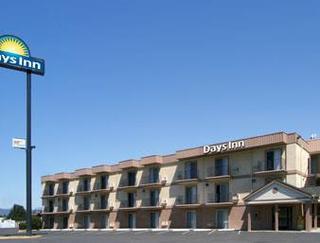 Days Inn by Wyndham Medford