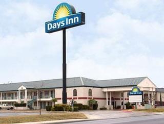 Days Inn by Wyndham New Braunfels