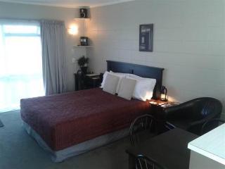 Birchlands Motel