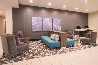 Holiday Inn Express Hotel & Suites Pontoon Beach
