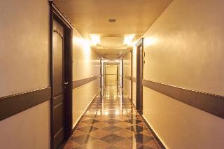 Annai Residence
