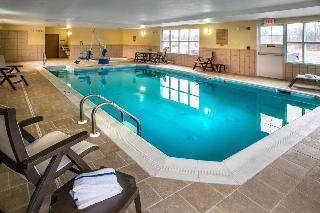 Country Inn & Suites by Radisson, Princeton, WV