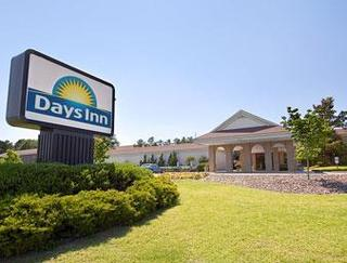 Days Inn by Wyndham Conference Cntr Southern Pines
