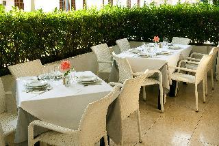 Viajes Ibiza - Hostal Montesol