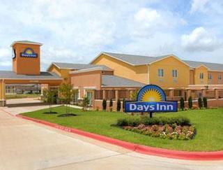 Days Inn by Wyndham Rockdale Texas