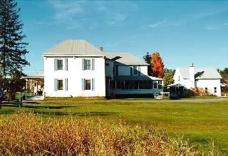 Spruce Lodge Bed & Breakfast & Guest Cottage