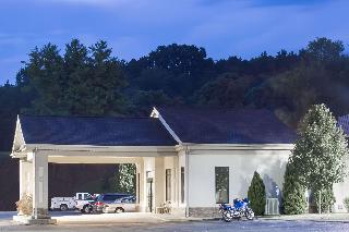 Super 8 by Wyndham Daleville/Roanoke