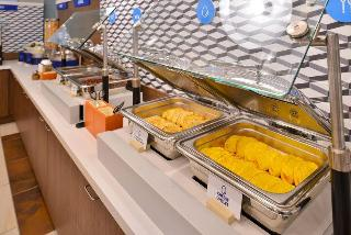 Holiday Inn Express Hotel & Suites Searcy