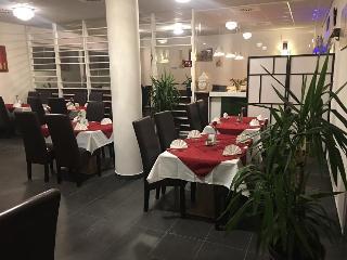7 Days Premium Hotel Salzburg - Urstein