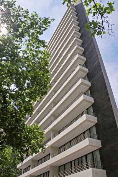 Versalles Suites Apart Hotel