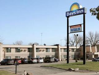 Days Inn by Wyndham St Cloud