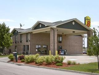 Super 8 by Wyndham Salina I-70