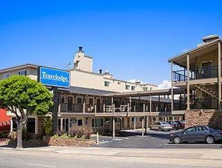 Travelodge by Wyndham by the Bay