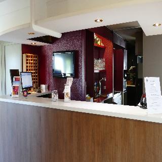 http://www.hotelbeds.com/giata/34/347003/347003a_hb_l_001.jpg