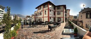 Cruz Loma Hotel