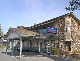 Howard Johnson by Wyndham South Lake Tahoe
