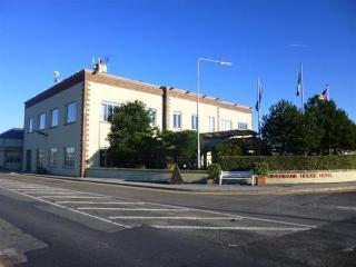 Riverbank House Hotel