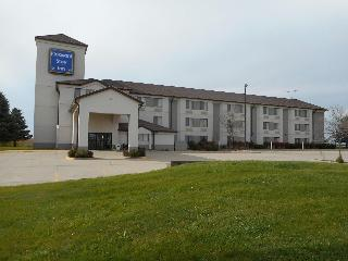 Pleasant Stay Inn & Suites Brooklyn