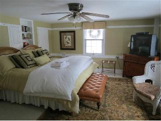 Shaker Farm Bed & Breakfast