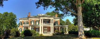 Rockwood Manor Bed & Breakfast