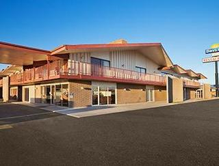 Days Inn by Wyndham Chambers Petrified Fores
