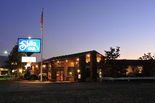 Red Lion Inn & Suites Grants Pass