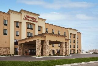 Hampton Inn & Suites Williston, ND