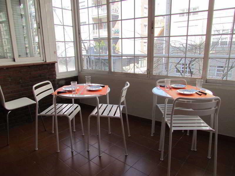 Alojamientos en barcelona el born for Alojamiento en barcelona espana