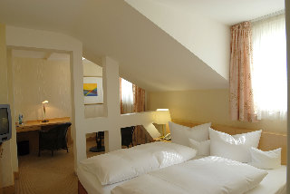 Viajes Ibiza - DOM Hotel LIMBURG