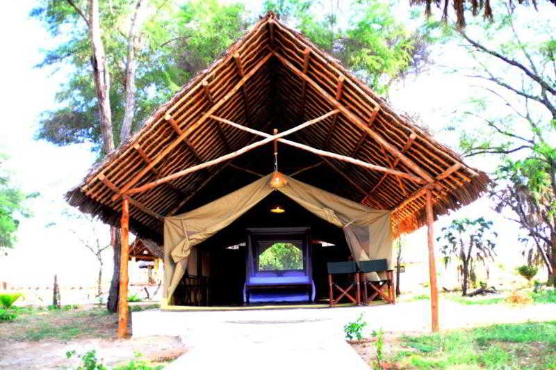 Doa Doa Safari Club