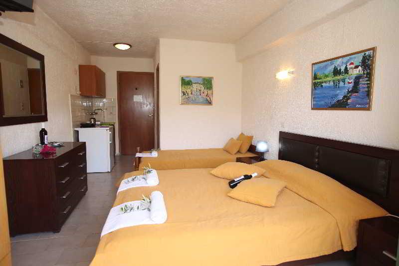 Elounda Olive Garden Apartments & Studios