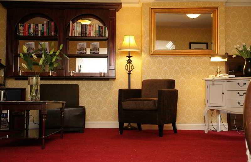 Hibernian House Kilkenny