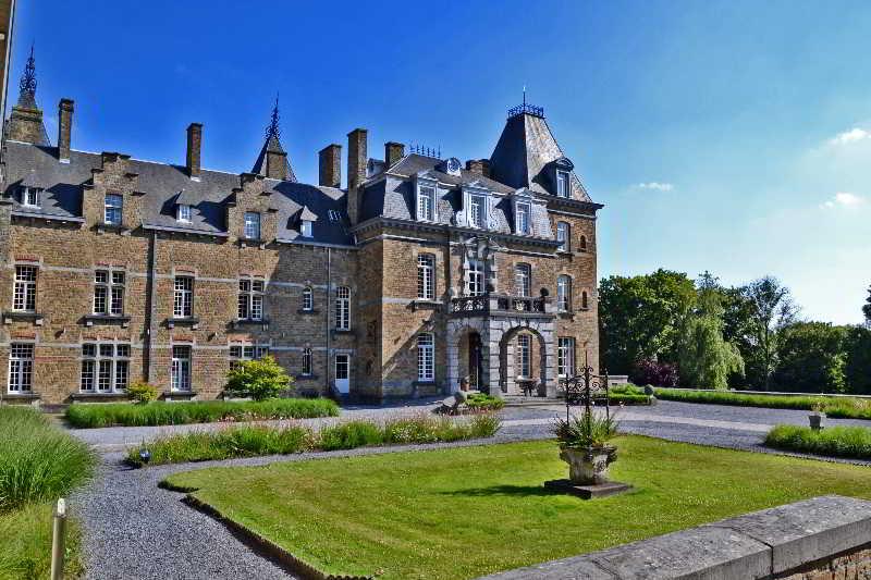 chateau de la poste hotel en namur viajes el corte ingl s. Black Bedroom Furniture Sets. Home Design Ideas