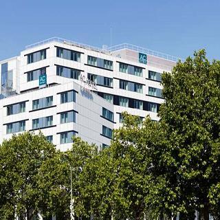 AC Paris Porte Maillot