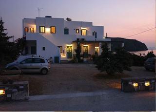 Anemoessa Rooms & Studios