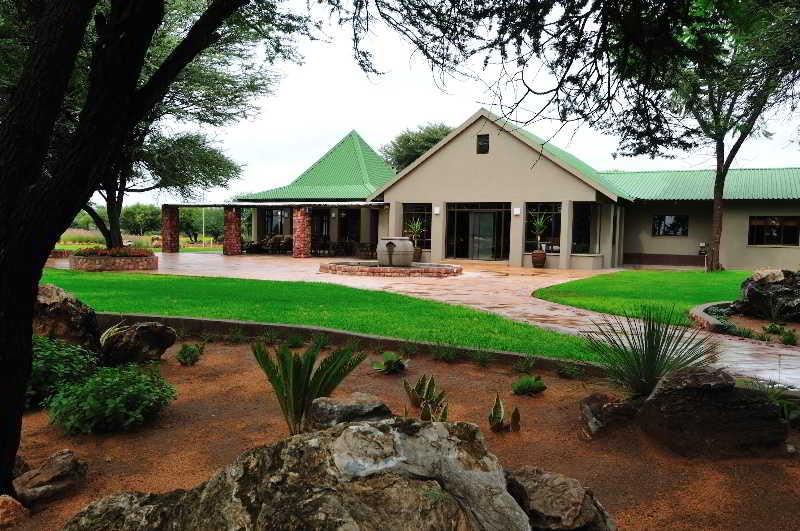 Hotel Otjiwa Lodge