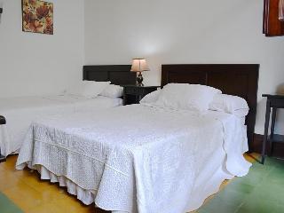 Viajes Ibiza - Hotel Porton de Granada