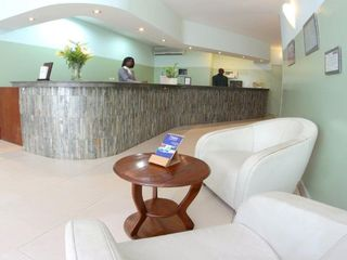 Viajes Ibiza - Café de Rome Business Hotel