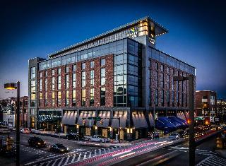 Hyatt Place Baltimore Inner Harbor
