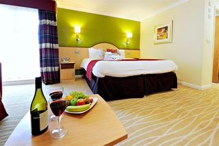 Burleigh Court Hotel and Leisure